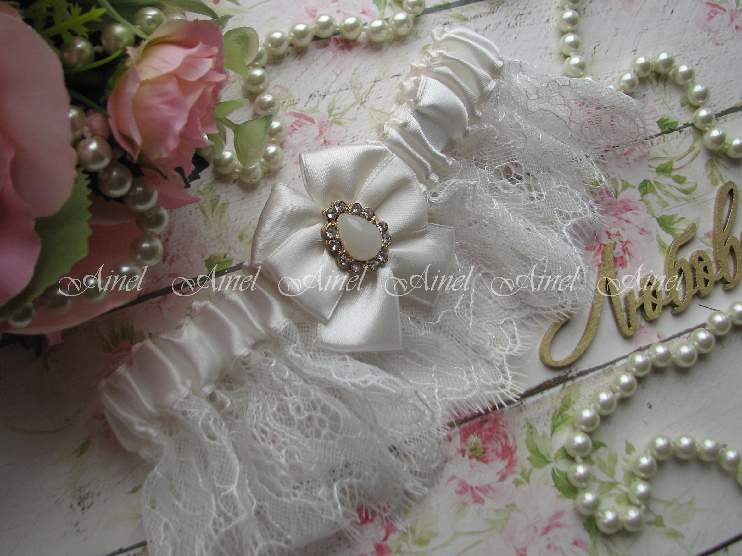 """Подвязка невесты свадебная и подушечка для колец """"Марго"""" кружевная молочная"""