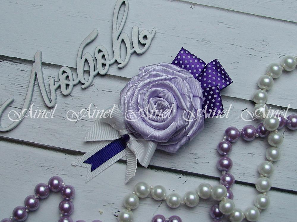 Бутоньерка свадебная для жениха №21 сиреневая роза