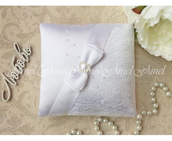 Свадебная подушечка для обручальных колец «Белая вуаль»