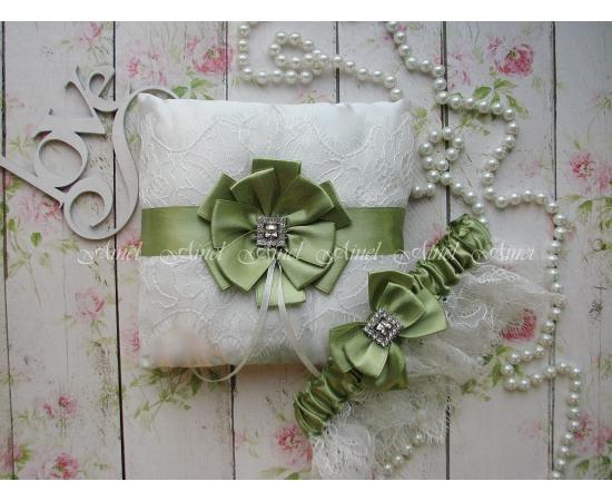 """Подвязка невесты свадебная и подушечка для колец """"Марго"""" кружевная зеленая"""