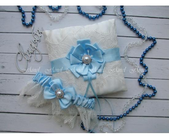 Свадебная подушечка для колец и подвязка невесты «Марго» голубая