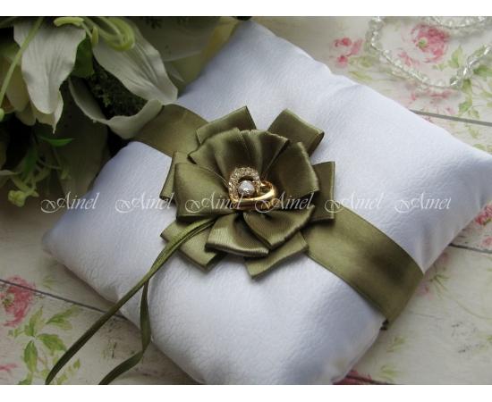 Подушечка для колец на свадьбу «Луиза» зеленая