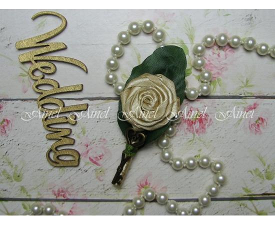Бутоньерка свадебная для жениха и свидетеля №19 с ключиком