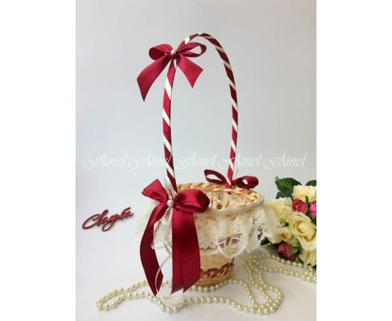 Корзина для лепестков роз №15 бордо с кружевом Высокая