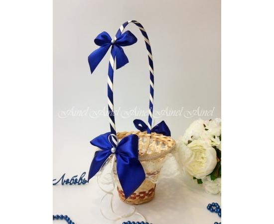 Корзина для лепестков роз №16 индиго с кружевом Высокая