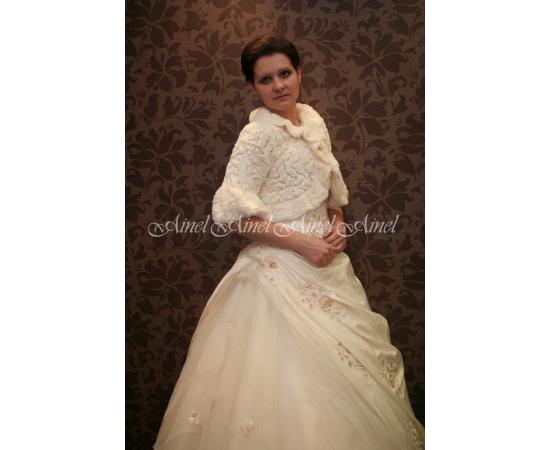 Свадебная шубка №3 для невесты прокат