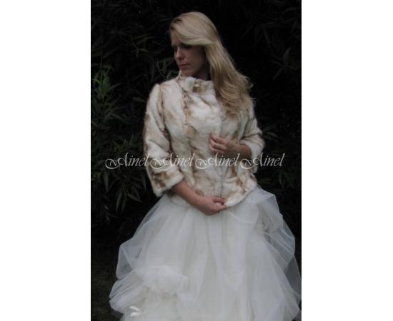 Шубка на свадьбу №54 для невесты напрокат