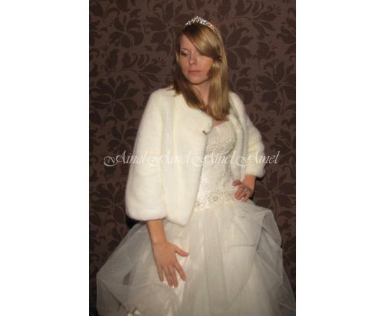 Шубка на свадьбу №55 для невесты в прокат