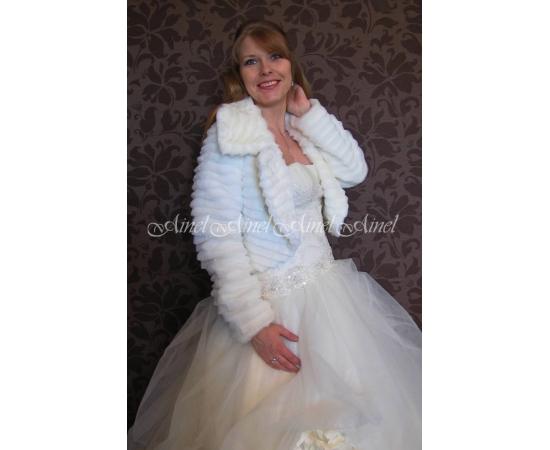 Шубка на свадьбу №75 для невесты напрокат