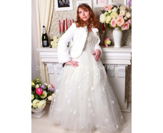 Шубка на свадьбу №93 для невесты напрокат