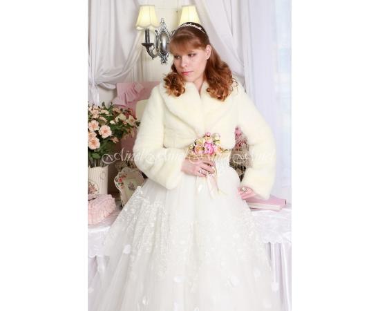 Шубка на свадьбу №99 для невесты напрокат