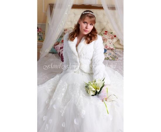 Шубка на свадьбу №102 для невесты прокат