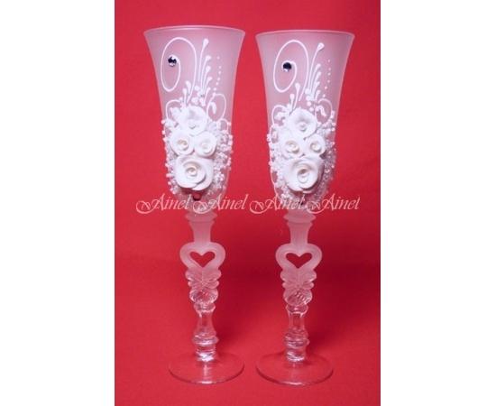 Бокалы свадебные для молодоженов №30 с лепниной
