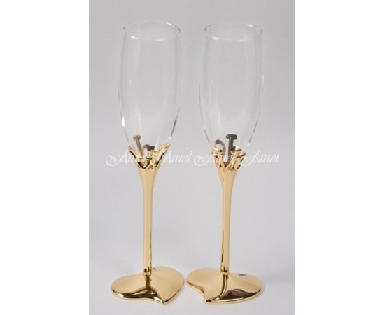 Бокалы свадебные для молодоженов Love Золото