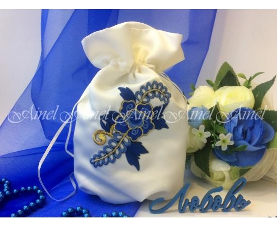 Сумочка-мешочек для невесты айвори, синий цветок