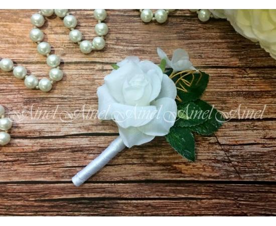 Бутоньерка №24 Роза белая
