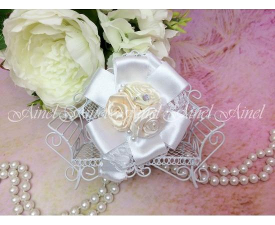 Браслет Белый с розами и жемчугом